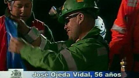Jose Oleda Vidal, diabétique, est le septième mineur à remonter à la surface à 5 h 21.