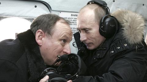 Vladimir Poutine s'entretient avec le directeur du FSB, Nikolai Patrushev.