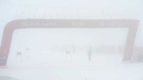 Le brouillard force l'annulation du slalom masculin, à Sölden, en Autriche.