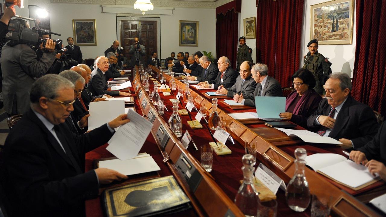 Le Conseil des ministres du gouvernement de transition sont réunis à Tunis.