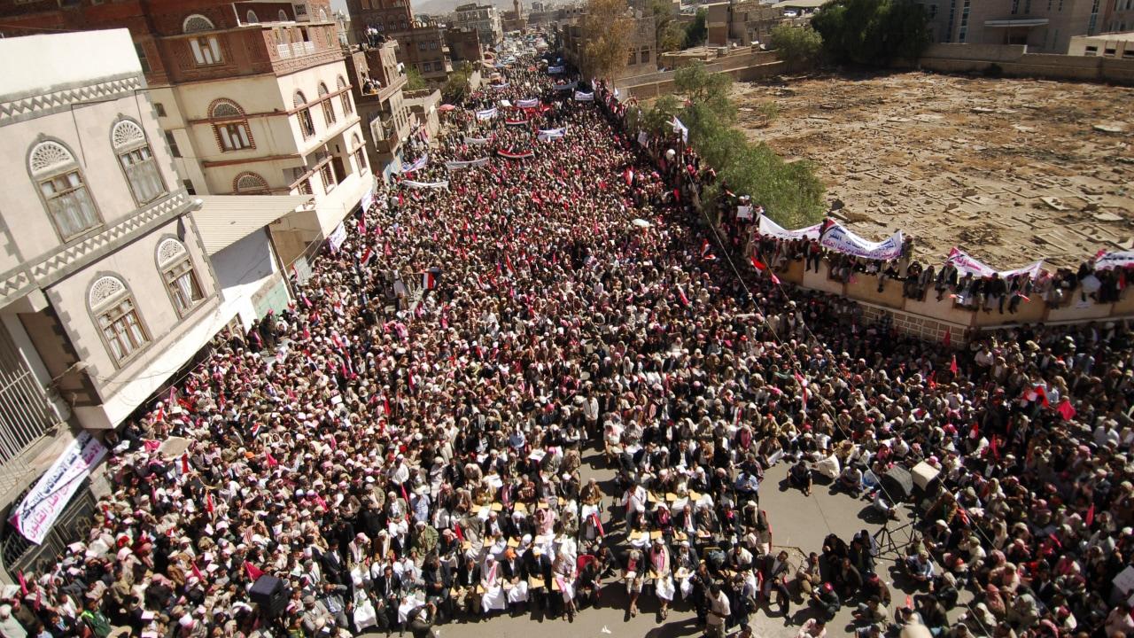 Des milliers de manifestants ont défilé dans les rues de la capitale yéménite.