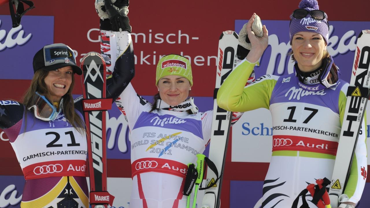 Julia Mancuso (gauche), Elisabeth Görgl et Maria Riesch