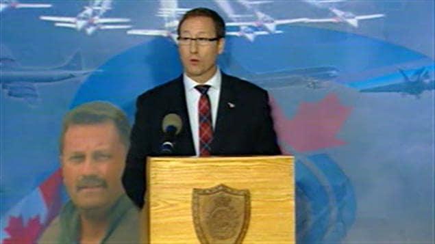 Le ministre de la Défense nationale, Peter MacKay