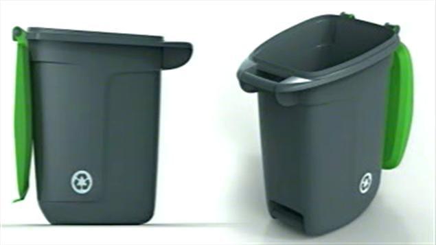 Le nouveau bac à recyclage de Montréal