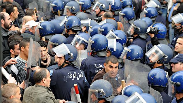 Policiers antimémeutes