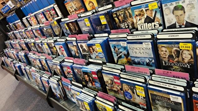 Denis Coderre est le fier propriétaire de plus de 3500 DVD.