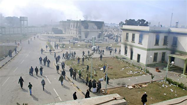 Des manifestants dans les rues de Benghazi.