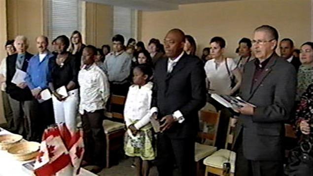 Des immigrants prêtant serment (archives).