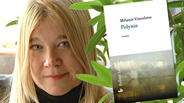 Mélanie Vincelette et la couverture de son roman