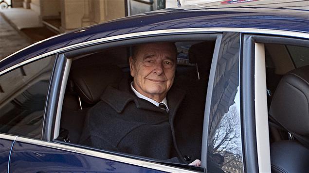 Jacques Chirac, ancien président de la République quittant son bureau à Paris   7 mars 2011
