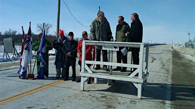 Le pont Pierre-Delorme à Saint-Adolphe a été rouvert officiellement mardi.