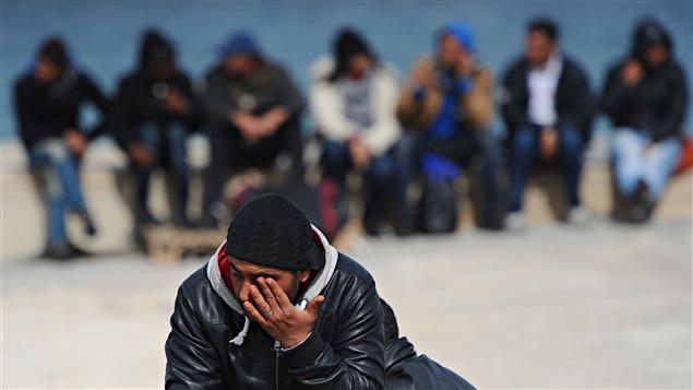 Italie, Lampedusa, 15 mars 2011. La présence des immigrants clandestins n'est pas toujours la bienvenue.