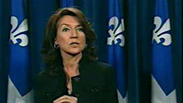 Nathalie Normandeau lors du point de presse