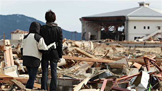 Un homme et sa soeur à Rikuzentakata
