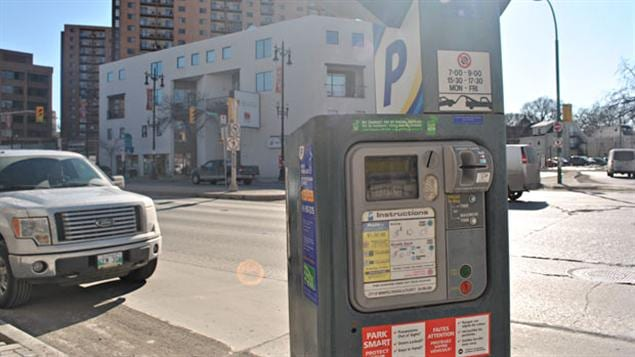 Le tarif horaire du stationnement au centre-ville de Winnipeg pourrait doubler.