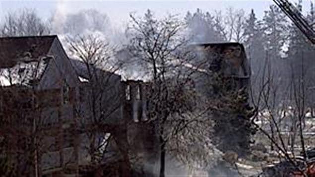 L'immeube incendié à Woodstock, Ontario