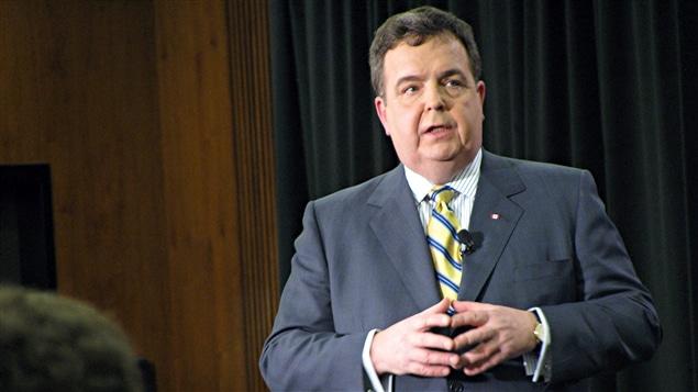 Dwight Duncan, ministre des finances et vice-premier ministre de l'Ontario (29 mars 2011)
