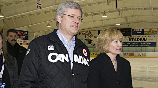 Stephen Harper et son épouse