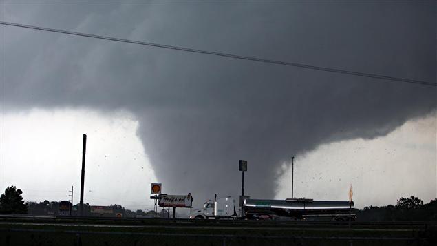 Une tornade meurtrière a traversé la ville de Tuscaloosa, en Alabama.