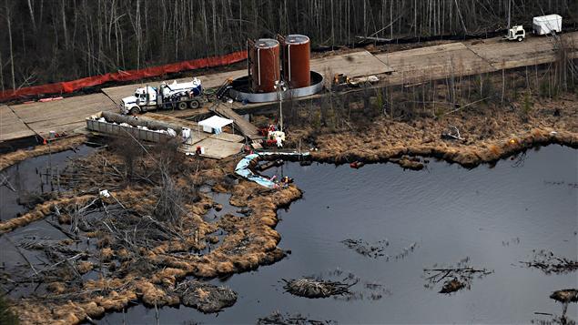 Fuite de pétrole près de Peace River, dans le Nord de l'Alberta