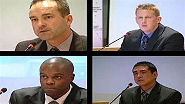 De gauche à droite à partir du haut, les agents de la GRC Gerry Rundel, Bill Bentley, Robinson Monty et Kwesi Millington