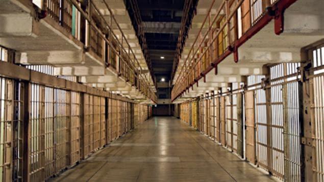 L'intérieur d'une prison