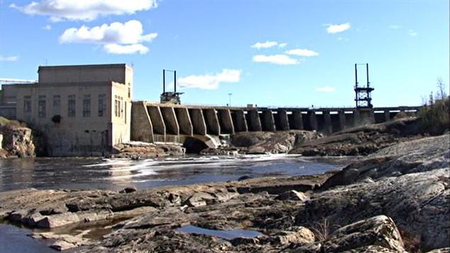 Barrage hydroélectrique de Smooth Rock Falls