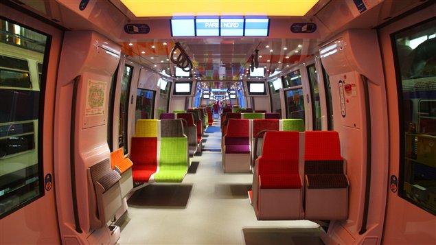 Intérieur d'un train Francilien.