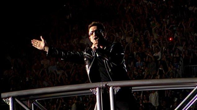 Le chanteur Bono de U2 à Montréal