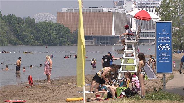 La plage du parc Jean-Drapeau (archives)