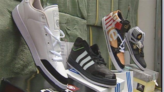 """Résultat de recherche d'images pour """"alimentation, contrefaçons, Chaussures"""""""