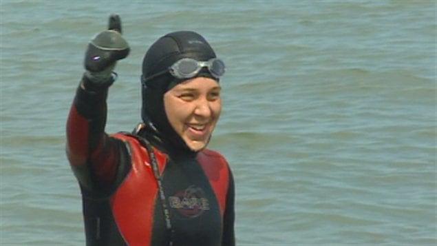 Heidi Levasseur à son arrivée dans les eaux de Matane