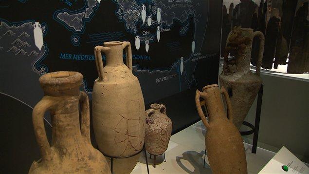 L'exposition  « À ta santé César! Le vin chez les Gaulois » est présentée au musée Pointe-à-Callière.