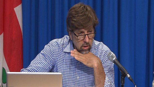 Luc Ferrandez explique que le Plateau-Mont-Royal est confronté à d'importantes difficultés financières.