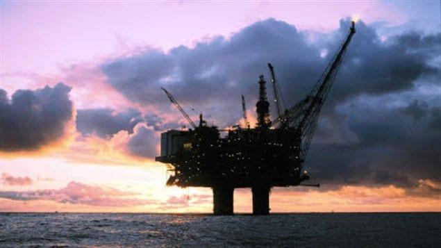 Une plateforme pétrolière