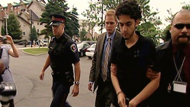Hamed Mohammad Shafia, 20 ans, doit répondre à quatre chefs d'accusation de meurtre prémédité.