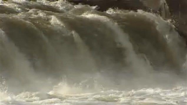 Depuis le 7 octobre, des millions de litres d'eau partiellement traitée sortent de la station d'épuration du sud de Winnipeg.