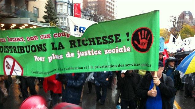 Manifestation d'étudiants et de syndicats à Montréal