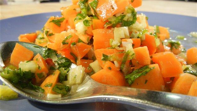 Salade de carottes épicées à l'israélienne