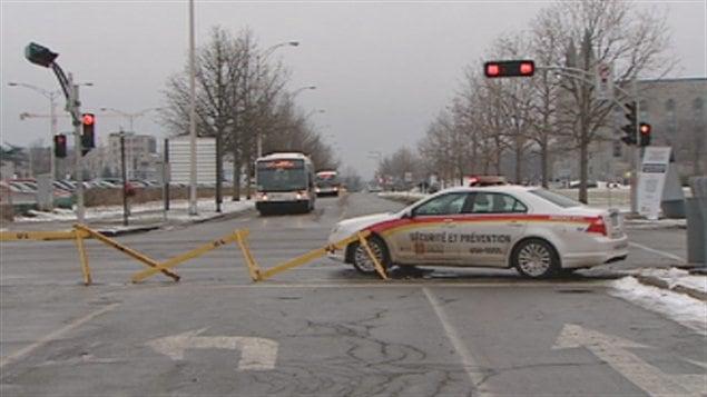 Voiture de police à l'Université Laval
