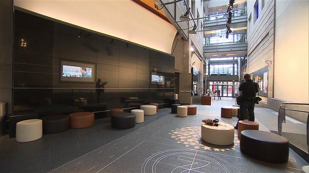 Les salles de cinéma de l'Excentris rouvrent leurs portes au public à Montréal.