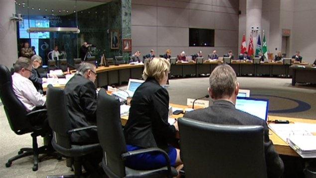 Le conseil municipal d'Ottawa a adopté le budget de la Ville pour 2012.