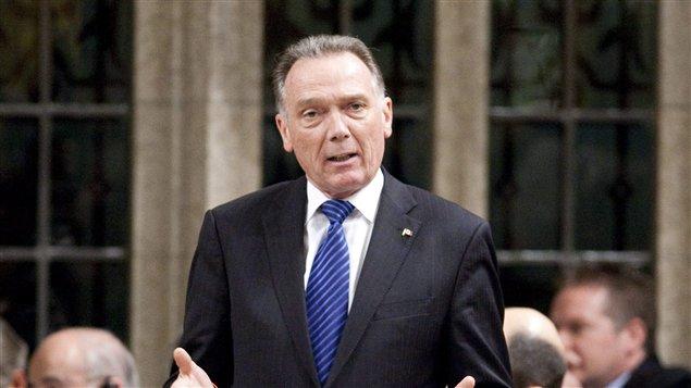 Le ministre de l'Environnement du Canada, Peter Kent