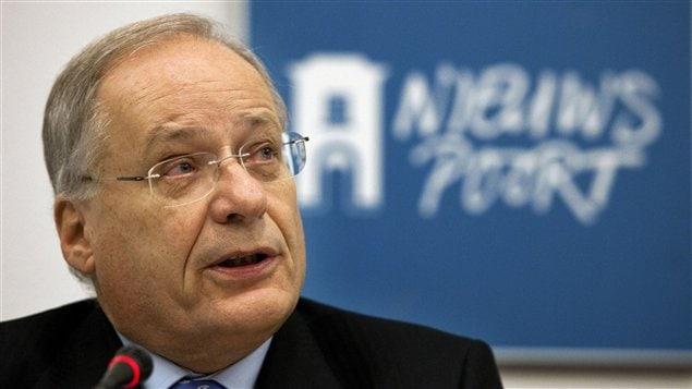 Le président de la commission, Wim Deetman