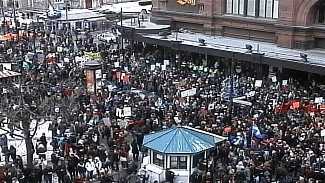Les étudiants manifestent le 23 février.