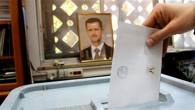Un bureau de vote à Damas