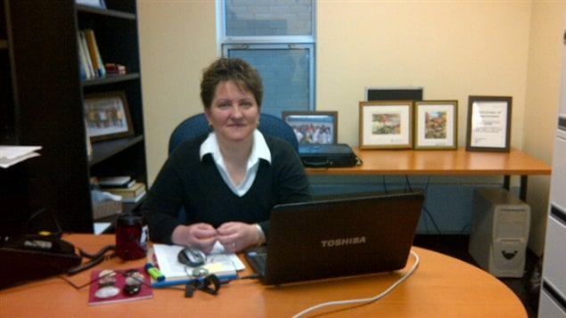 La titulaire de la Chaire de recherche du Canada sur le traitement passif des eaux minières contaminées, Carmen Mihaela Neculita