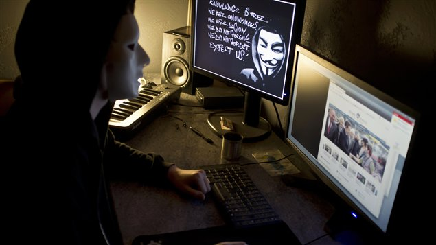 Membre d'Anonymous en France
