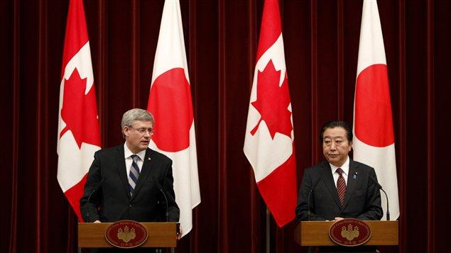 Le premier ministre du Canada, Stephen Harper, lors d'une conférence de presse conjointe avec le premier ministre du Japon, Yoshihiko Noda, à Tokyo, le 25 mars 2012.