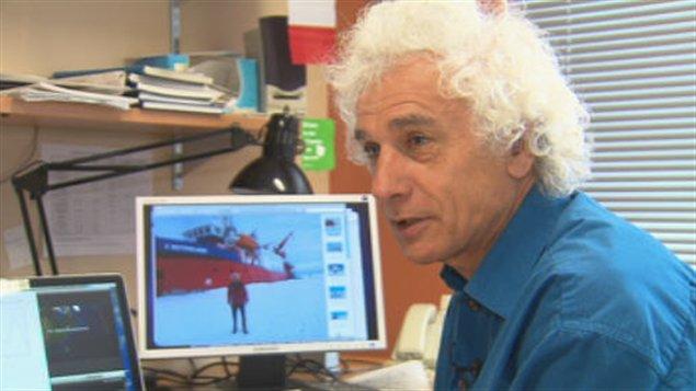 Le professeur Alain Royer de l'Université de Sherbrooke